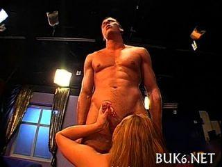 मोटी जैज़म के साथ समूह सेक्स करना