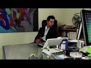 हथौर्बॉय टीवी से एनीयो गार्डी और रोबिन बर्ग