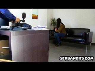 06 बड़ा titty लैटिना कैमरे पर fucked हो जाता है 27