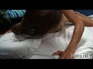 महिला मालिश अश्लील