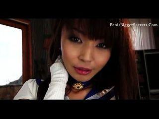 एशियाई pornstar उसे गधा में यह पसंद है