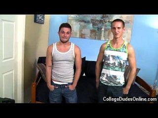अद्भुत समलैंगिक दृश्य जाकस लिवेरे डॉकोटा उत्तर की ओर