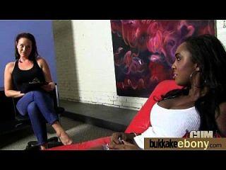 काले पोर्न स्टार 9 के साथ अंतरजातीय bukkake सेक्स