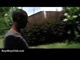 सफेद सेक्सी twinks बड़े काले लड़कों द्वारा गड़बड़ 21