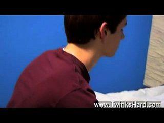 twink वीडियो डीन हॉलैंड और नेथन stratus दोनों सेवा ले जाता है