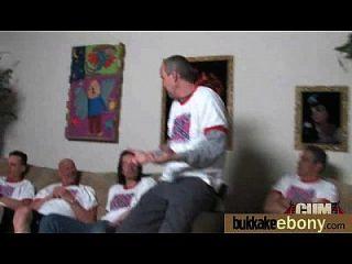 आबनूस बेब सफेद लड़के के समूह 8 sucks