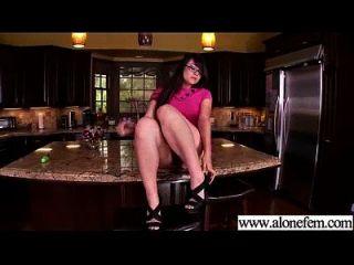 सेक्सी गर्म महिला का उपयोग dildo सेक्स खिलौने तक चरमोत्कर्ष फिल्म 27