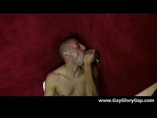 समलैंगिक कट्टर gloryhole सेक्स अश्लील और गंदा समलैंगिक handjobs 30
