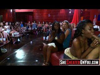 29 slutty लड़कियां सेक्स पार्टी पर मुर्गा चूसने 05