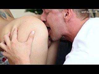 बड़े स्तन मौखिक creampie