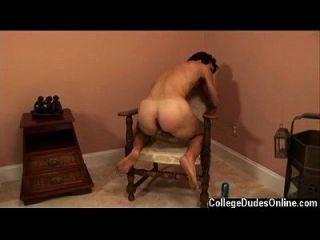 गर्म समलैंगिक सेक्स जोश एक आदमी मांस है जो ध्यान में लगभग सभी है