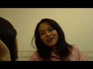 movie22.net.kiss मुझे या मार मुझे (2005) 1