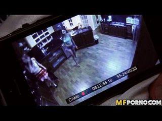 कैमरे के किशोरों पर पकड़ा 3some जेड नील, सारई 2 1