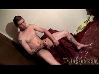 twinks xxx नोलन भीग पाने के लिए प्यार करता है