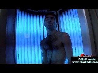 लड़के लड़के समलैंगिकों को गर्म सह के भार में ढक लेती हैं 29