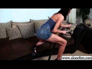 एकल विचित्र लड़की का उपयोग करने के लिए वीडियो हस्तमैथुन 06