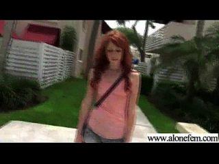 एकल सींग का शौकिया लड़की छेद में dildo खिलौने मिल वीडियो 27