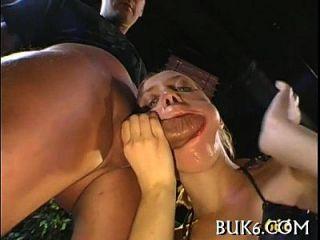 समूह lusty परी पर pissing