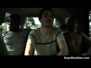 गर्म काले सेक्सी दोस्तों समलैंगिक सफेद किशोरों लड़कों 05 बकवास