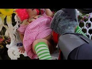 ऑज़ फुल पॉर्न पैरोडी मूवी thisisntporn.com के जादूगर