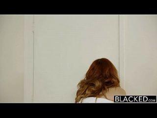 काला लाल सिर मॉडल अमरना मिलर अंतरजातीय creampie