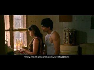 देसी अनी (भाभी) लड़के के साथ यौन संबंध रखते हैं