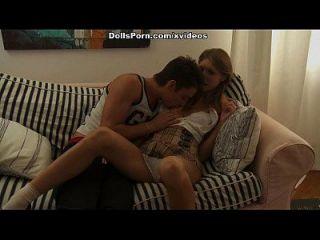 गोरा गर्म गुदा सेक्स वीडियो दृश्य 2 में