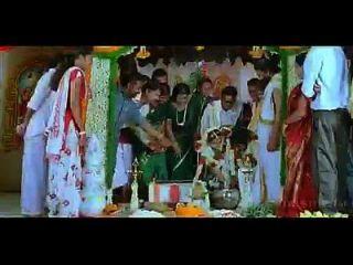 युगम तमिल फिल्म में गहरी नाम्बियार गर्म पहली रात का दृश्य