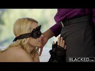 ब्लैक ब्लोंड हॉटवाइफ अलीयाह प्यार और उसके काले प्रेमी