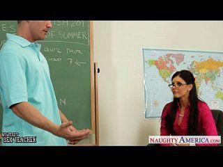 छोटे titted शिक्षक भारत गर्मी उसे युवा छात्र बकवास