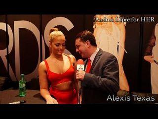 एलेक्सिस टेक्सास एंड्रिया डीप्रे के लिए उसके गधे से पता चलता है