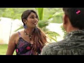 तेलुगु लड़के के साथ घर मालिक बेटी रोमांस