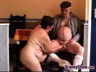 सींग का दादी और दादा होने सेक्स