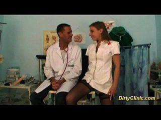 सेक्सी नर्स ऐसी अच्छी कमी है