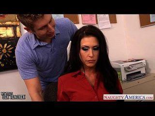 busty सेक्स शिक्षक जेसिका jaymes कक्षा में बकवास