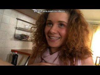 अश्लील गुड़िया रसोई सेक्स वीडियो दृश्य 1