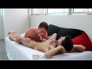 एच.डी. समलैंगिकों आदमी बेकार है और उसके प्रेमी fucks