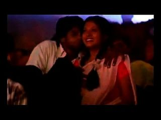 दक्षिण भारतीय अभिनेत्री उल्लू प्रेस। एमपी 4
