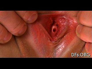 कुंवारी योनी को एक बकवास की जरूरत है