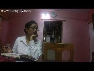 भारतीय चाची सेक्स सींग का लिली कार्यालय में