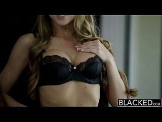 ब्लैक पैरीट गोरा शॉना लिनी विशाल काले डिक पर चिल्लाती हैं