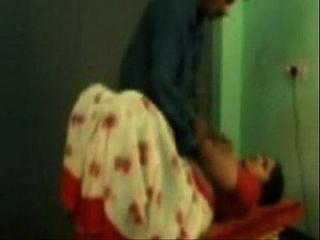 तमिल अकेली कमबख्त उसके सहवास अश्लील अश्लील वीडियो pornxs.com के साथ