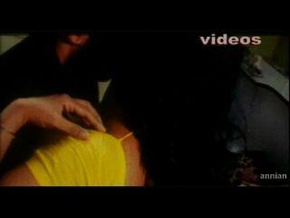 भारतीय अभिनेत्री अद्भुत नग्न वीडियो