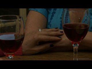 zoey holloway raquel sieb को milf लेस्बियन सेक्स के लिए परिचय