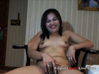 परिपक्व milf एशियाई filipina नग्न हो जाता है और masterbates asianwebcamgirls.net