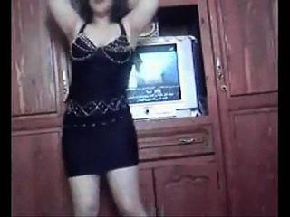 गर्म सेक्सी busty अरबी लड़की नृत्य