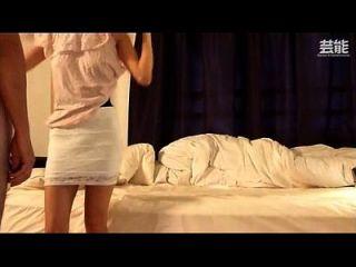 सेक्सी गंदा कोरियाई एस्कॉर्ट कैम पर पकड़े गए