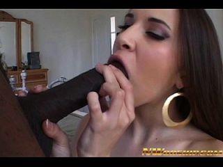 गर्म लैटिना लड़की अंतरजातीय अश्लील बड़ा काला डिक