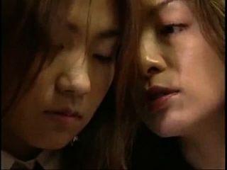(4 मिनट) जापानी होंठ चुंबन समलैंगिक से घड़ी