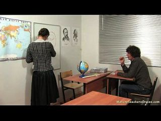 रूसी परिपक्व शिक्षक 5 इरीना (भूगोल सबक)
